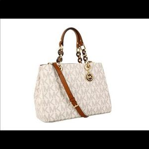 Michael Kors medium Cynthia purse satchel